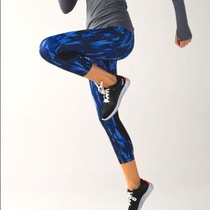 Lululemon Pace Rival Crop Full on Luxtreme